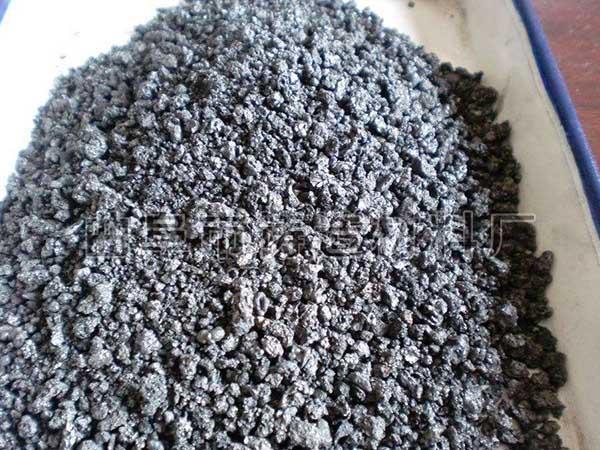吸收速度快,比同类石墨化增碳剂吸收速度快,不吸附炉壁,且无残留