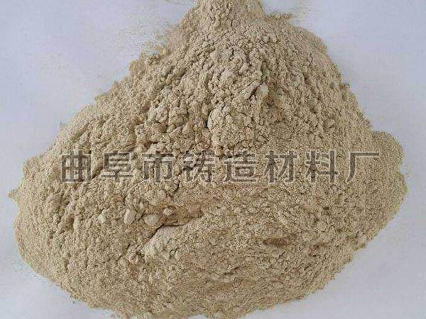 粘土主要是由细小结晶质的粘土矿物组成,如高岭石和蒙脱石等